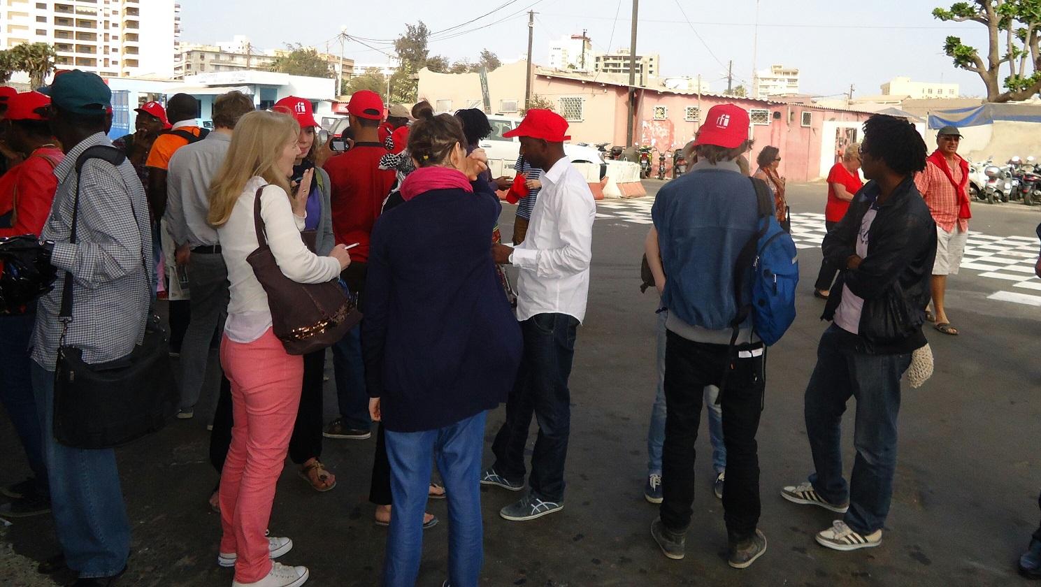 Les blogeurs avant le départ pour Gorée